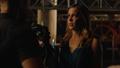 Laurel asks Oliver to teach her.png