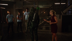 Green Arrow yells at his recruits