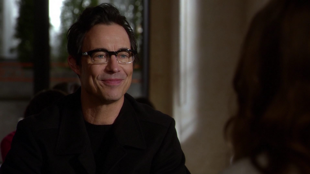 File:Eobard suspicous of Caitlin.png