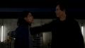 Eobard kills Cisco to protect his secret.png