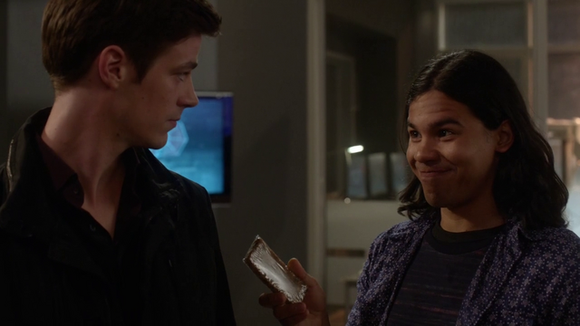 File:Cisco introducing the calorie bars to Barry.png