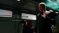 Damien Darhk stops the Green Arrow's arrows.png