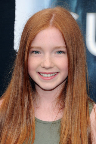 File:Annalise Basso.png