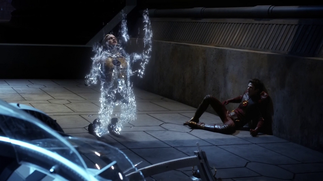 File:Eobard Thawne being erased from existence.png
