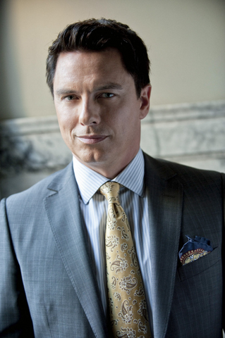 File:Malcolm Merlyn promo.png
