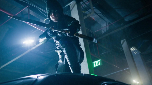 File:Oliver as the vigilante.png