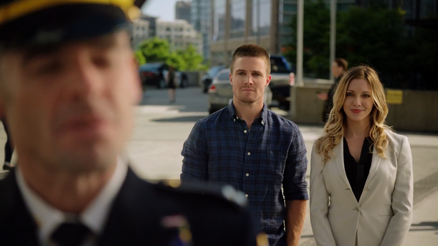 File:Captain Lance publicly recognizes The Arrow as a hero.png
