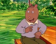 Arthur Rides the Bandwagon 39