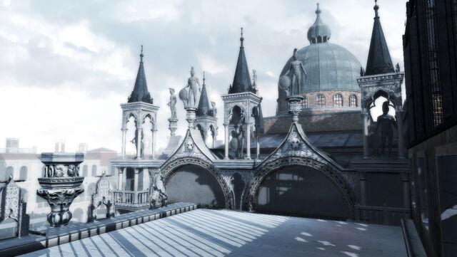 File:Basilica di San Marco rooftop.jpg