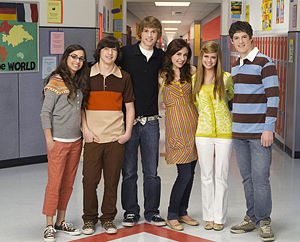 File:As the Bell Rings (United States) Cast (Season 2).jpg