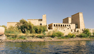 800px-Philae, seen from the water, Aswan, Egypt, Oct 2004