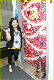 Raini Christmas Door (1)