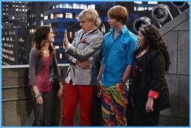 Austin & Jessie & Ally 3