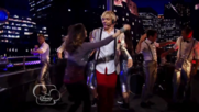 Austin & Jessie & Ally Can You Feel It (11)