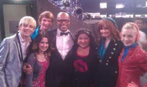 Austin & jessie & ally &jimmy star lol moment
