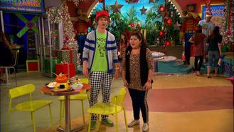 Austin & Jessie & Ally (353)