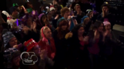 Austin & Jessie & Ally Can You Feel It (6)