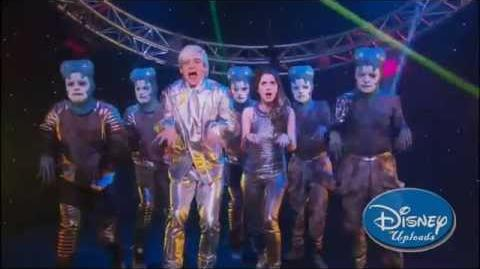 Austin & Ally - Look Out - Eggs & Extraterrestrials