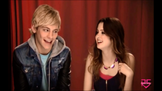 Talk Austin & Ally & Favorite things about each other (72)