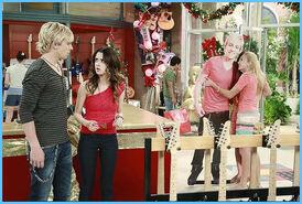 Austin & Jessie & Ally 26