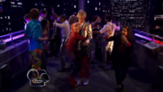 Austin & Jessie & Ally Can You Feel It (21)