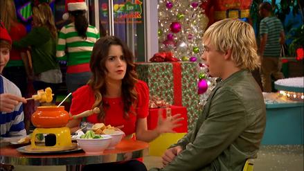 Austin & Jessie & Ally (246)