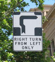 180px-Hook Turn Sign Melbourne