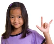 "Girl says ""I love you"" in sign language"