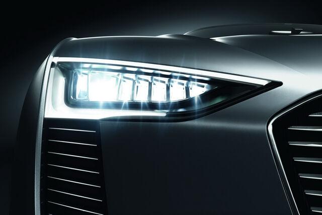File:Audi-e-Tron-Spyder-24.JPG