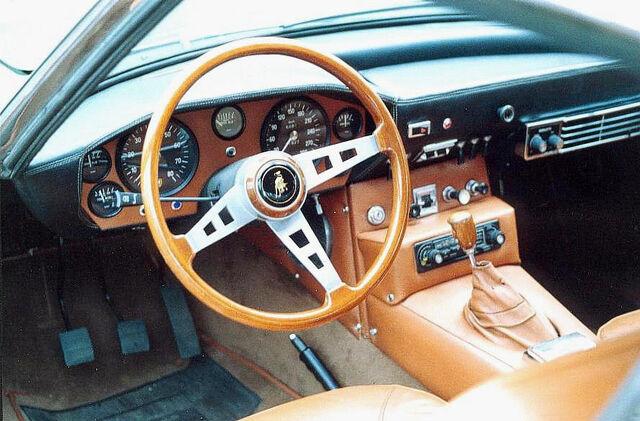 File:Islero 1968 interior.jpg