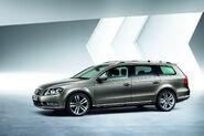 2011-VW-Passat-20