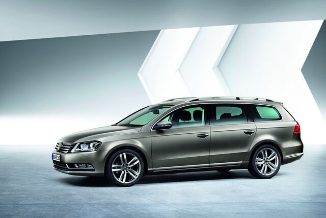 File:2011-VW-Passat-20.JPG
