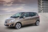 2010-Opel-Meriva-03