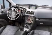2011-Opel-Meriva-30