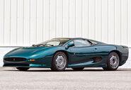 1991-jaguar-xj220-10