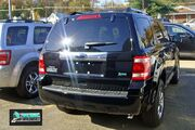 Ford Escape Flex 7893 VA 11 09 with badge