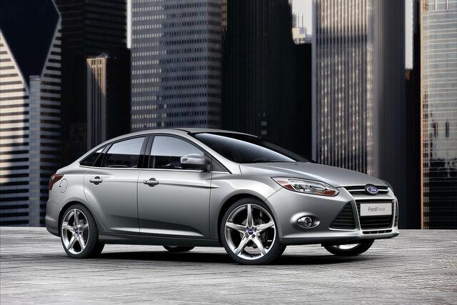 File:2011-Ford-Focus-32.jpg