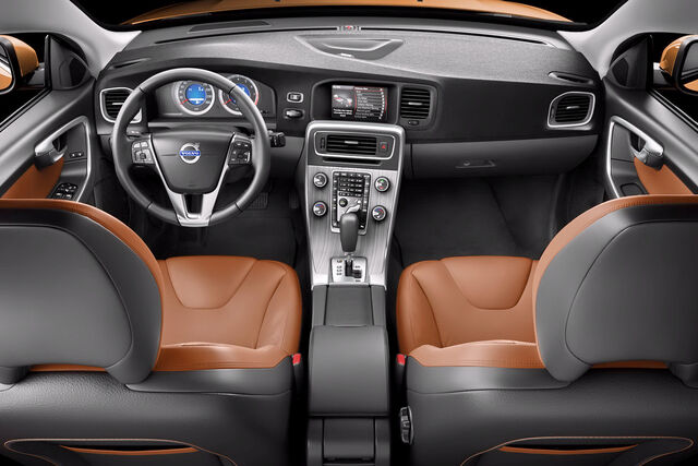 File:2011-Volvo-S60-Sedan-38.JPG