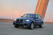 2010-BMW-X5M-7