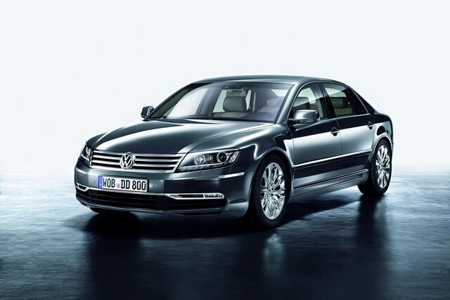 File:2011-VW-Phaeton-2.JPG