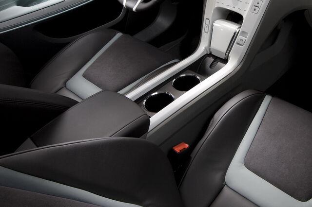 File:Chevrolet-Volt-EV-11.jpg