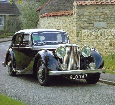 File:Std 1939 jaguar ss 3 5 litre saloon fv.jpg