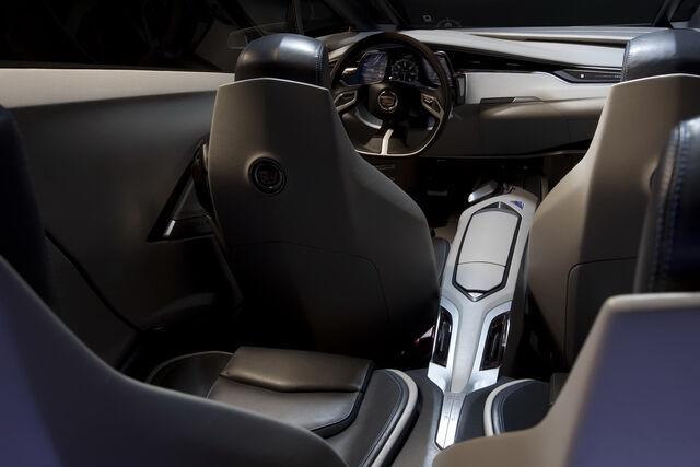 File:Cadillac-ULC-8.jpg