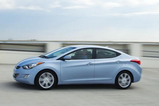 File:2011-Hyundai-Elantra-8.JPG