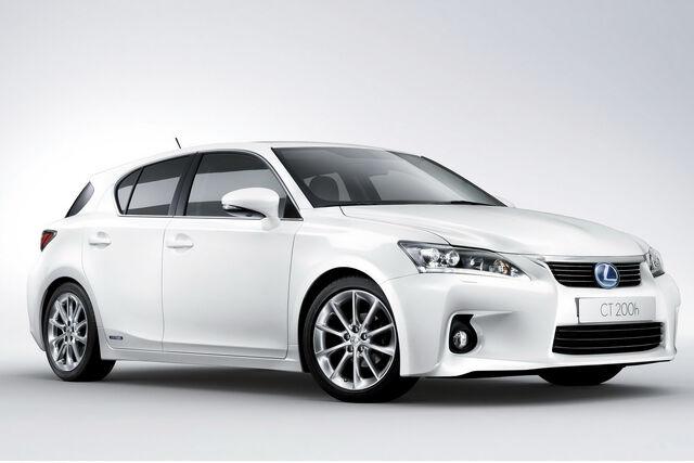 File:2011-Lexus-CT-200h-6.jpg