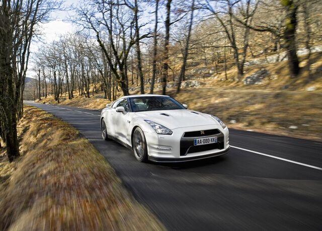 File:Nissan-gt-r 2011 14.jpg