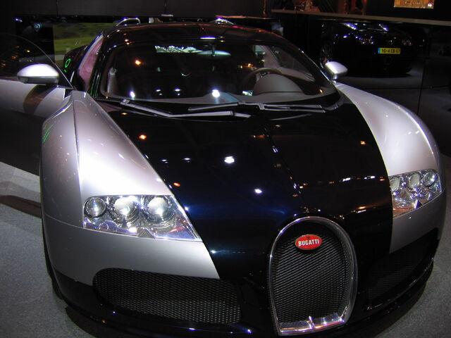 File:Bugatti 16-4 Veyron.jpg