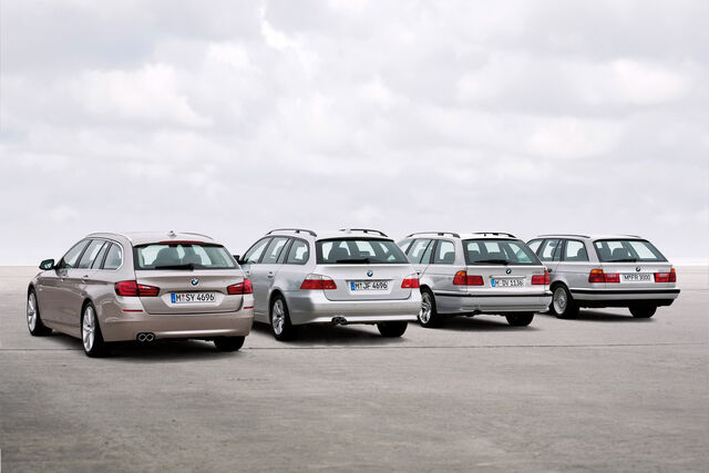 File:2011-BMW-5-Series-Touring-17.jpg