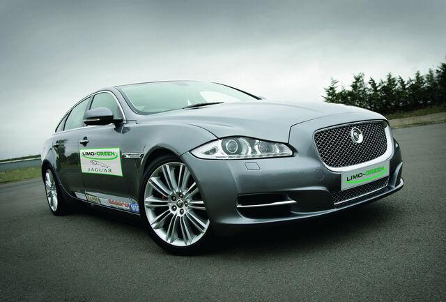 File:Jaguar-XJ-Limo-Green-1.jpg