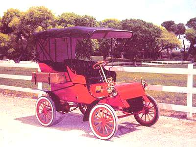 File:1903 Ford Touring Car Red.jpg